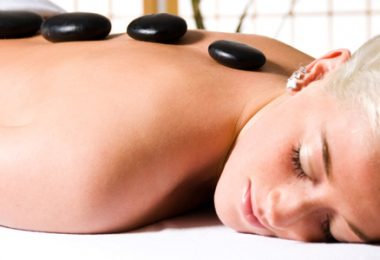 The Benefits of Hot Stone Massage